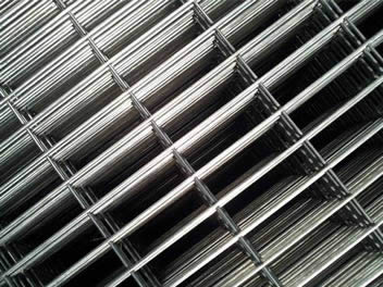 Many rectangular reinforcing welded meshes without ribbed profile