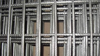 Many ribbed rectangular reinforcing welded meshes piled together
